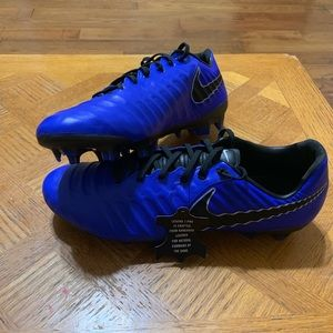 Nike legend 7 Pro Fg, soccer cleats men,(new)